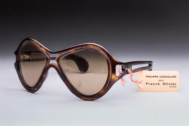 08540ca5c1 Philippe CHEVALLIER pour Franck Olivier circa 1970 Paire de lunettes de.