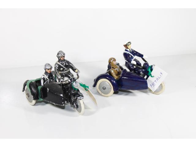 vente de jouets anciens jouets de pompiers v hicules miniatures. Black Bedroom Furniture Sets. Home Design Ideas
